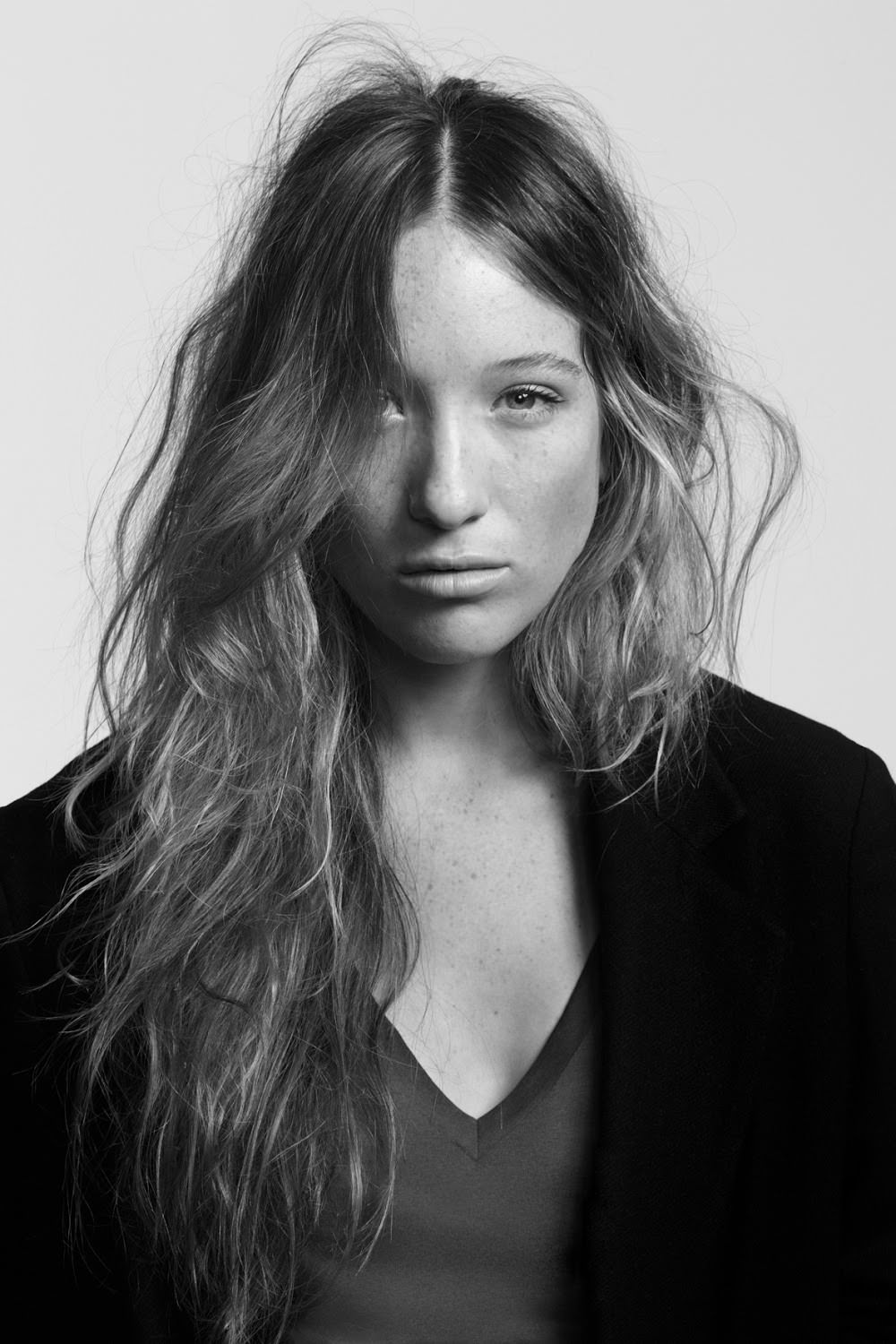 Sophie Lowe vids photo 37